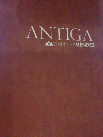 Antiga by VM