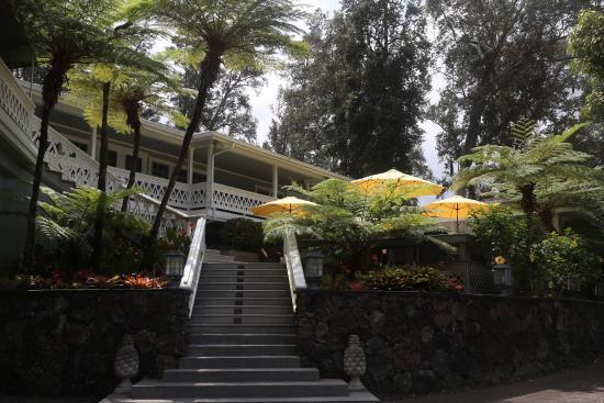Ohi'a Park Estate: A not so little piece of heaven.