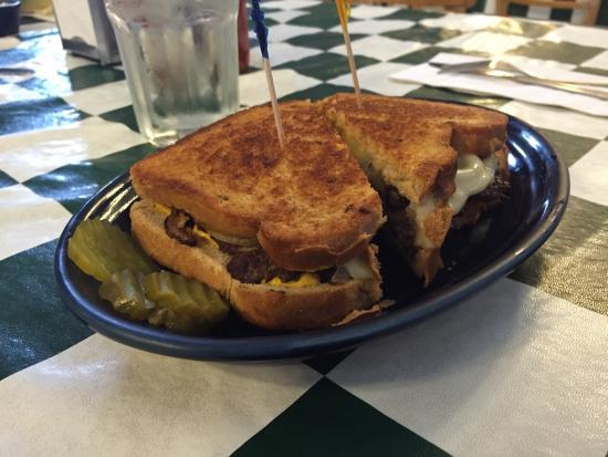 Clark's Restaurant: photo2.jpg