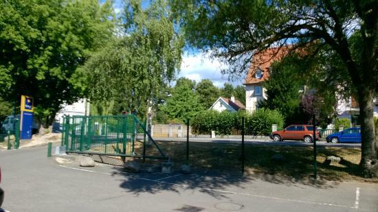 Kyriad Mulhouse Est - Lutterbach : vue extérieur