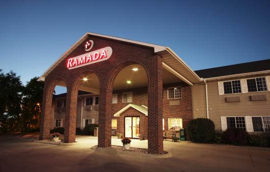 Ramada Spirit Lake/Okoboji: Welcome To The Ramada