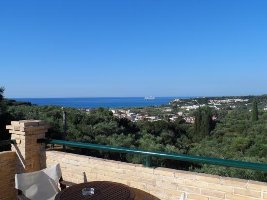 Uninterrupted views from Apricot Tree villa