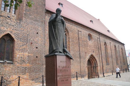 St. Mary's Cathedral (Katedra Wniebowziecia Najswietszej Maryi Panny)
