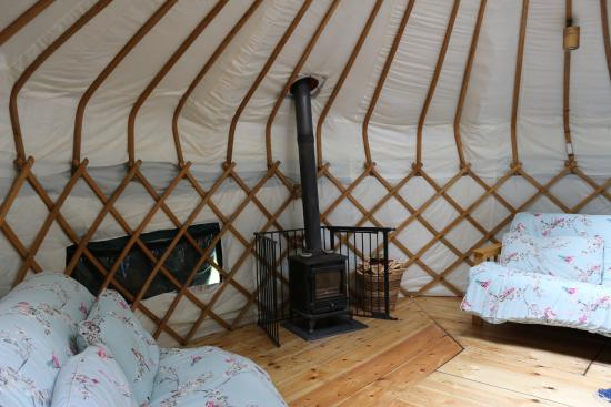 Wild In Style : The Hawthorn Yurt