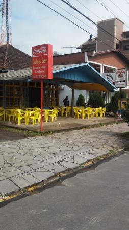 Lelos Bar