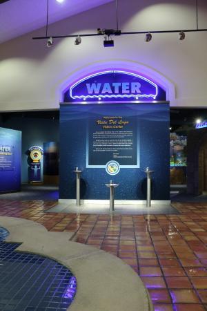 Gorman, CA: Lobby and exhibit area