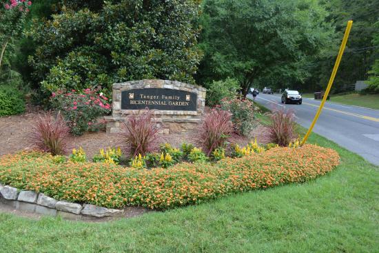 Tanger Family Bicentennial Garden: Entrance Sign