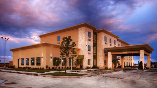 BEST WESTERN Lindsay Inn & Suites