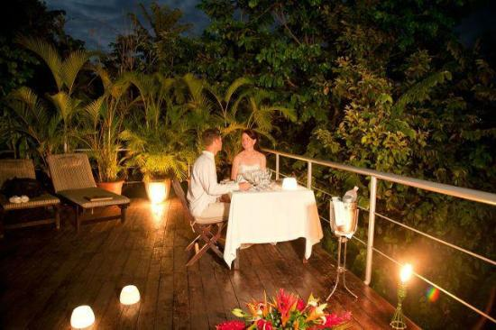 Gaia Hotel & Reserve: Romantic Dinner