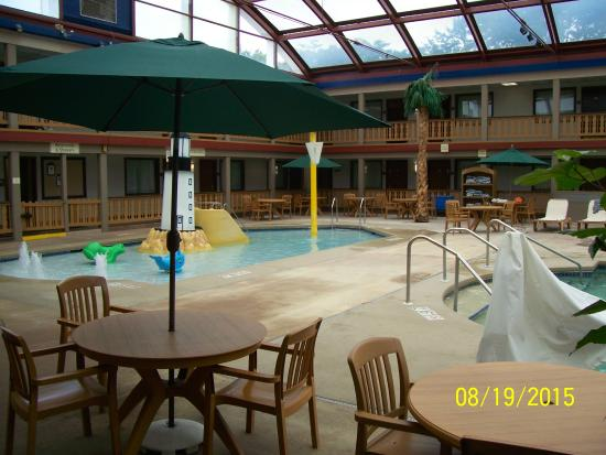 AmericInn Hotel & Conference Center La Crosse - Riverfront: Kiddy pool