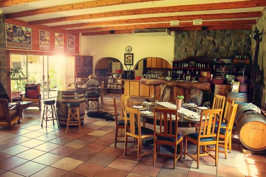 Upington, Sudáfrica: Bezalel's Tasting room is being upgraded...