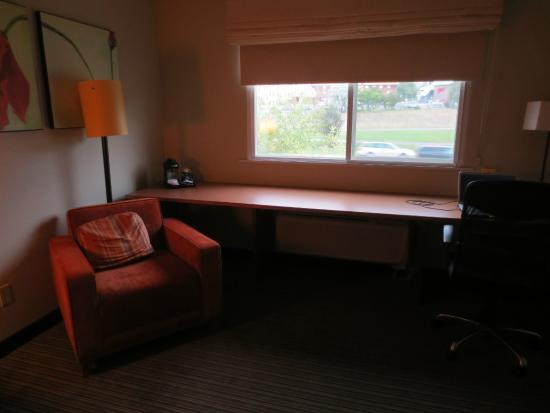 La Quinta Inn & Suites Helena: Room Furnishings