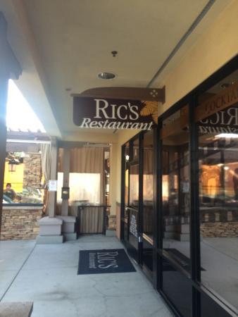 Ric's Restaurant