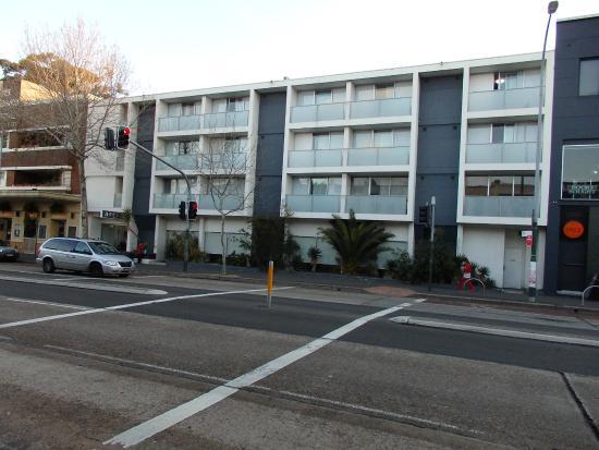 Arts Hotel : Street View - Atrs Hotel