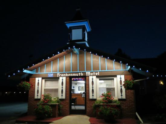 Frankenmuth Motel check-in building at night