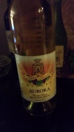 Rosa Fiorelli Winery & Vineyard: The White we Liked Best