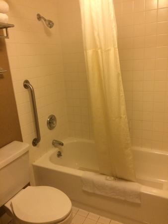 Clarion Hotel: La salle de bain