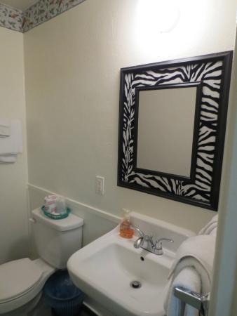 Western Motel : Bathroom