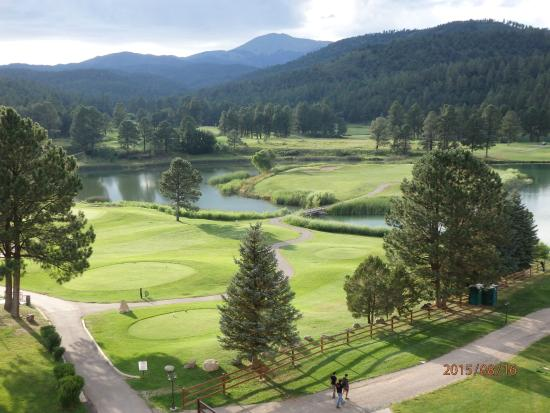 Inn of the Mountain Gods Resort & Casino : View of Hole #10 From Room 819