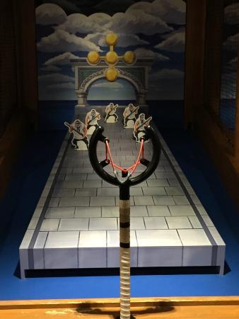 เกมส์ของอุโซปครับ ยิงล้ม5ตัว จะเจอบอสใหญ่ - Picture of Tokyo One Piece Tower,...