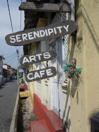 Serendipity Arts Cafe: 看板