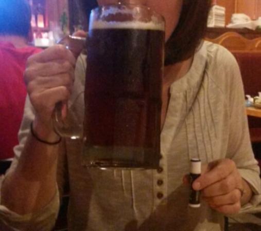 El Poblano: Dos XX quart glass of beer