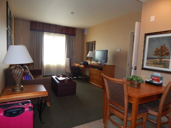 Homewood Suites by Hilton Boise: Living room with sofa bed
