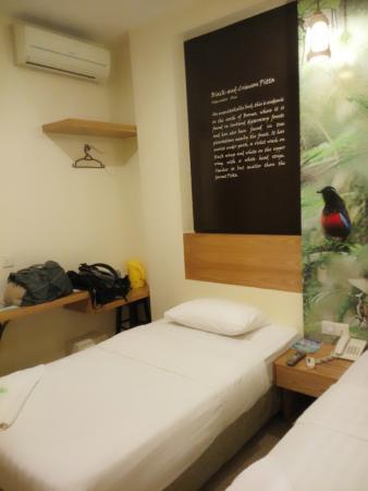 KK Suites Hotel: Room