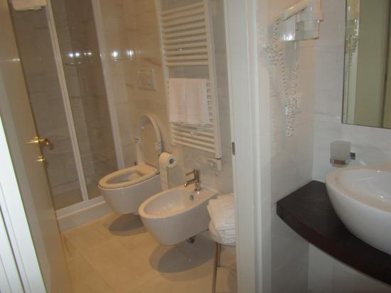 Al Bailo di Venezia: Bathroom