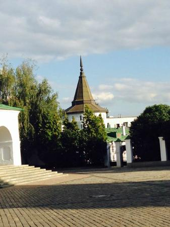 Danilov Monastery: Территория Данилова монастыря