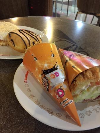 Dunkin' Donuts - Rawamangun