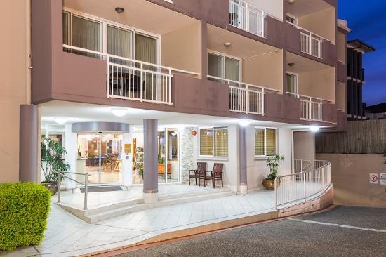 웰링턴 아파트먼트 호텔
