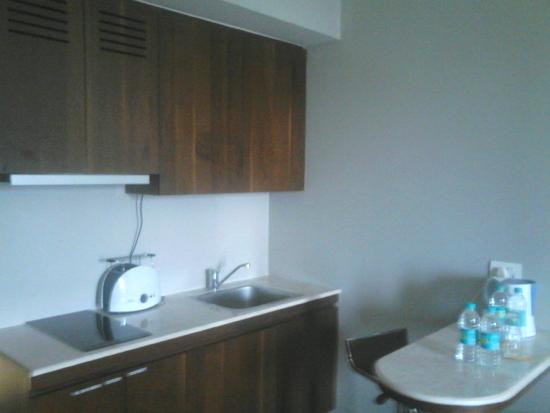Keys Hotel Whitefield, Bengaluru: Kitchen Table