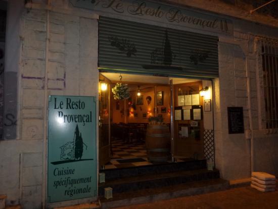 Le Resto Provençal : Вход в ресторан