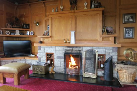 Ardlenagh View: A turf fire to curl up next to.