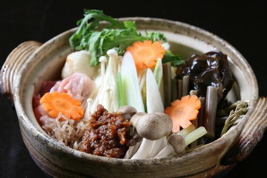 Suzuya : sansai(edible wild plant)soup 山菜みそ鍋