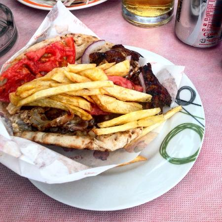Tsikos Grill House: photo0.jpg