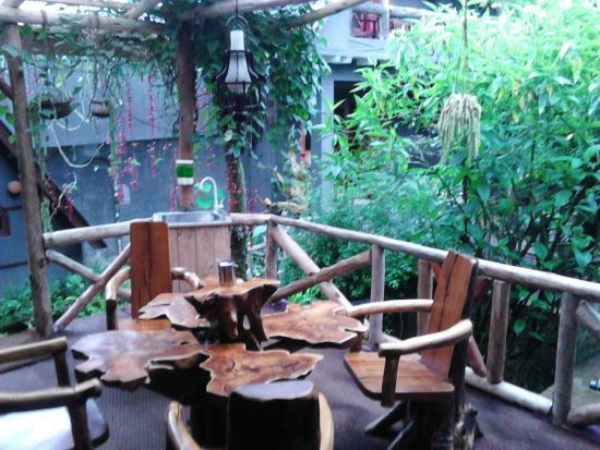 King Fern Cottage: Sitzgruppe Garten