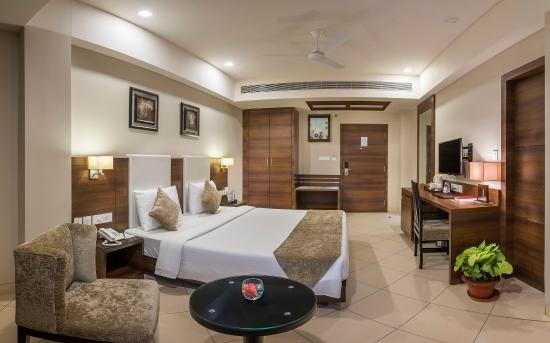 Peerless Sarovar Portico, Durgapur