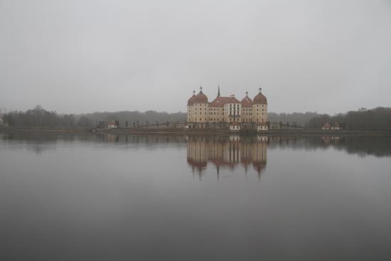 Moritzburg Castle - Bild von Churfürstliche Waldschänke Moritzburg ...