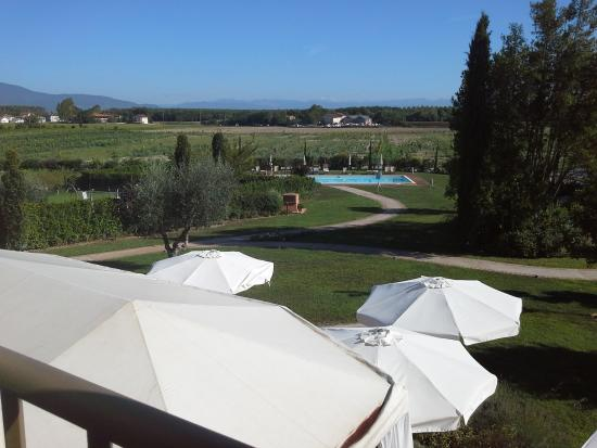 Le Colombaie Country Resort: vista dalla nostra stanza...