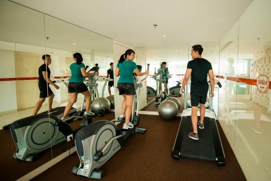 HARRIS Hotel Raya Kuta Bali: Gym