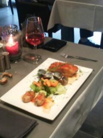 Charleroi, Belgique : plat de morue