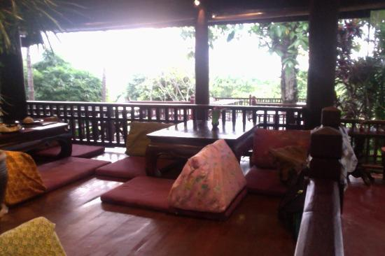Naga Hill Resort : thai style dining with great views