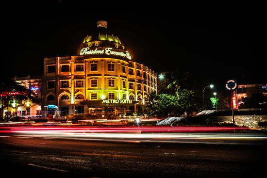 Metro Suites Hotel Jababeka Picture Of President Executive Club