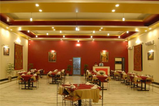 Hotel Jaipur Heritage: restaurant