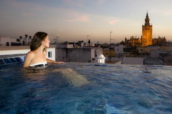 Ofertas Baños Arabes Sevilla | Nuevo Bano En La Azotea Con Vistas A La Giralda Y Catedral
