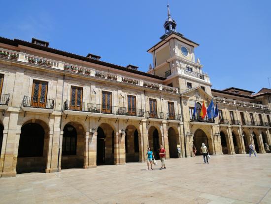 Hotel Castro Real: In het centrum van Oviedo