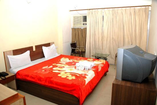 Hotel Sobhraj: DELUXE DOUBLE