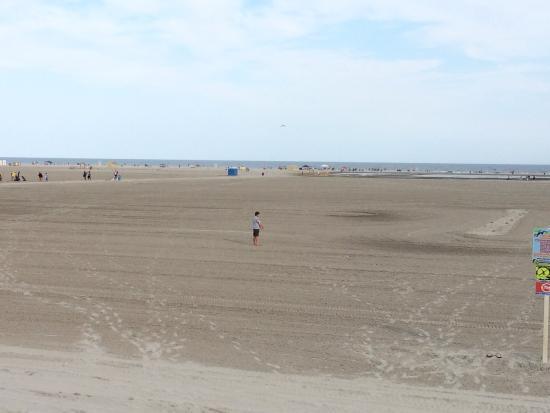 Rus Mar Motel: The Beach.